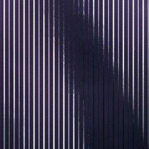 chroma  zilver en paars metallic vlies 68cm brede rollen schaduw werking op foto is om verschil metallic met en zonder licht te tonen